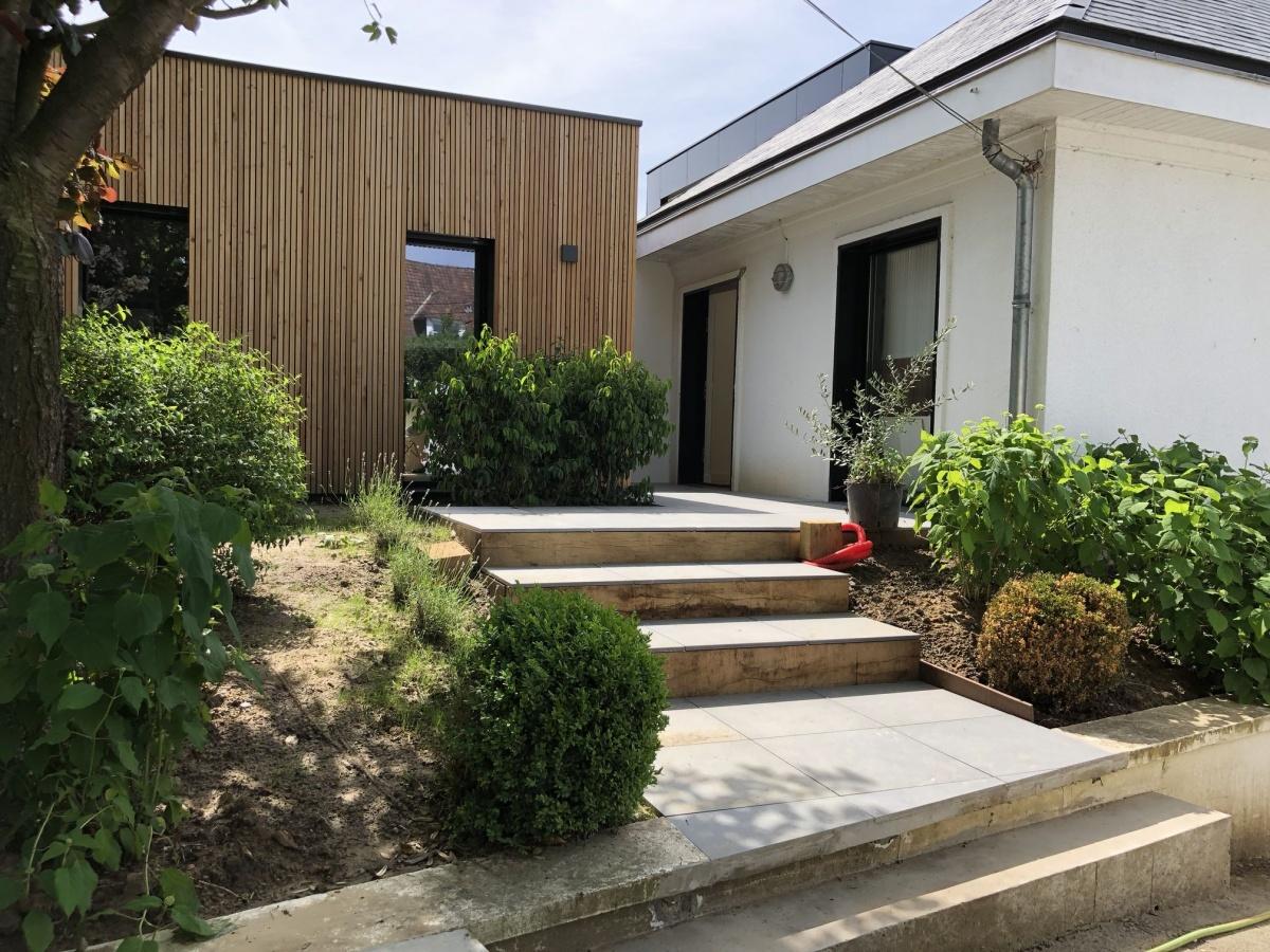 Double extension bois d'une maison à Hem : entrée