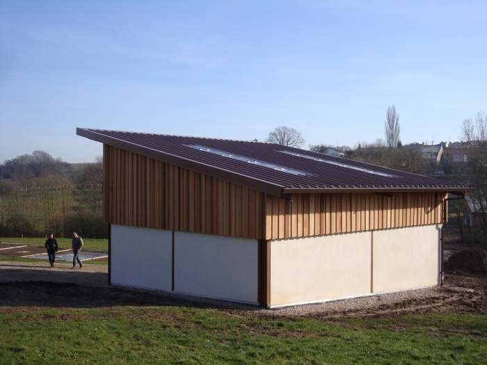 hangar communal